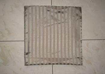 Prążkowana poszewka na poduszkę jasiek 40 x 40 cm zimny beż