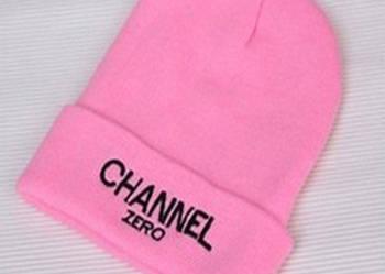 Damska czapka CHANNEL ZERO w cukierkowym kolorze