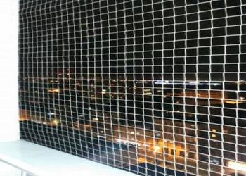 Montaż siatki balkonowej przeciw gołębiom i dla kota