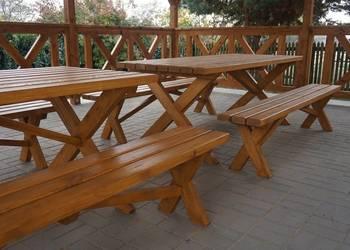 Meble ogrodowe / Stół drewniany  / Ławki drewniane