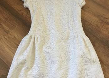 Biała sukieneczka Rozmiar 134
