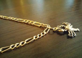 Złoty łańcuszek ze złotą zawieszka raka (Cena do negocjacji)