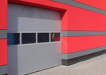 Przeglądy i konserwacja bram garażowych, przemysłowych