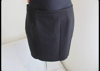 spódnica czarna prosta w bdb stanie rozmiar 40 L