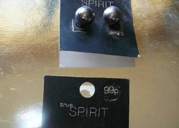 Kolczyki wkręty perły czarne i białe