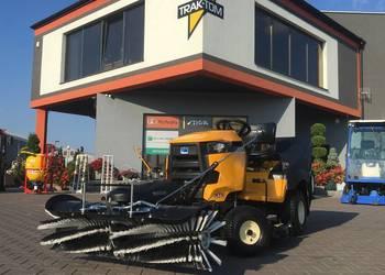 Traktor ogrodowy Cub Cadet XT2 QR106 Kawasaki z Zamiatarką