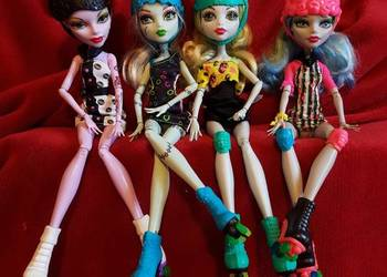 Monster high na rolkach