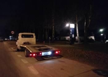 Holowanie Laweta Transport Pieradła Mniów