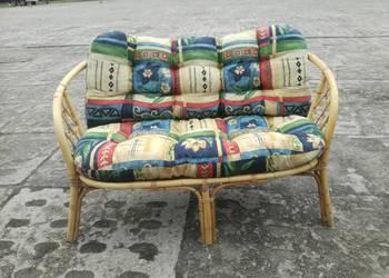 Sofa wiklinowa z poduszkami