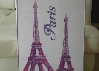 Dwa Obrazy Paris - zmultyplikowany symbol Paryża .