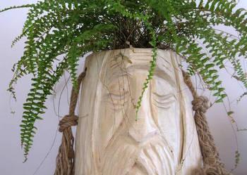 rzeźba ,kwietnik w drewnie