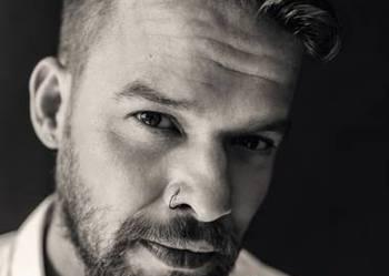 Michał Piróg CHCĘ ŻYĆ Biografia F.A