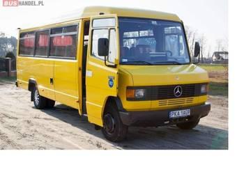 Mercedes- Benz 711 D