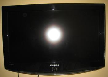 Telewizor lcd samsung le 26 r 82 b- 26 cali