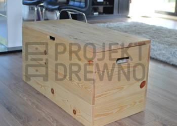 Pojemna drewniana skrzynia