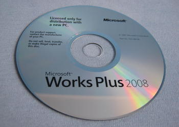 Microsoft Works Plus 2008 + McAfee Total Protection