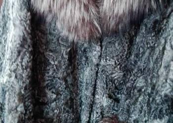 szara krótka kurtka lis+łapki karakułowe