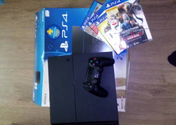 konsola SONY PLAYSTATION 4 + 4 gry