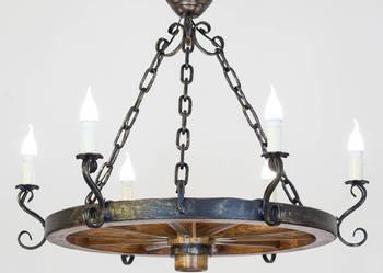 Lampa z koła Żyrandol do altany i domu drewnianego