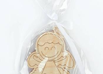 Drewniany aniołek MAGNES ozdobnie zapakowany