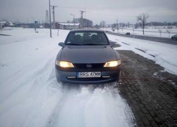 Opel Vectra B 1998r  1,8 b+g klimatyzacja