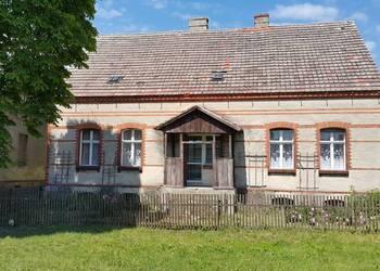 Dom na wsi Dobropole z działką 1.12ha i zabudową gospodarczą