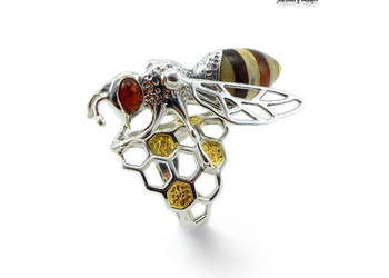 Pszczoła,atrakcyjny pierścionek.