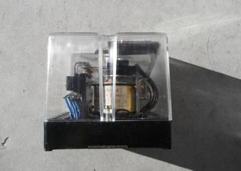 Przekaźnik RU-400 220V 50Hz Nowe RU-422-220-4 ze wskaźnikiem