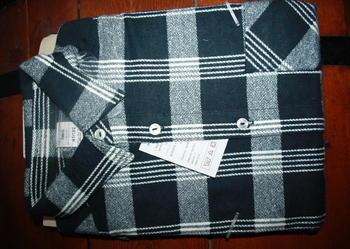 Koszule flanelowe w czarno białą kratę