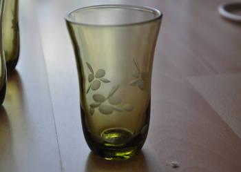 szklaneczki z zielonego szkła, PRL, starocie