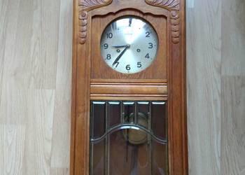 Przedwojenny zegar ścienny z wahadlem