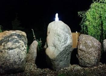 Fontanna ogrodowa kamien naturalny głaz led