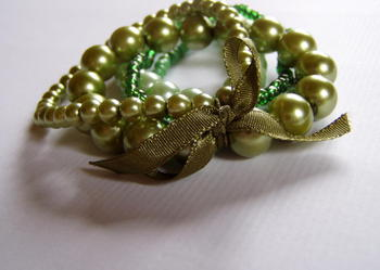 Bransoletki sztuczne perełki