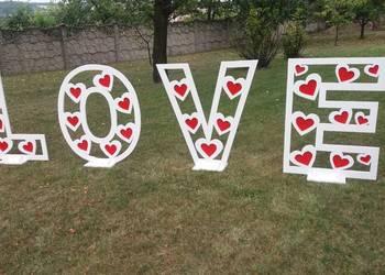 Napis LOVE wesele, poprawiny, sesja