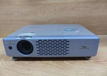 Sprawny multimedialny rasowy PROJEKTOR SANYO PLC-XU41 tanio