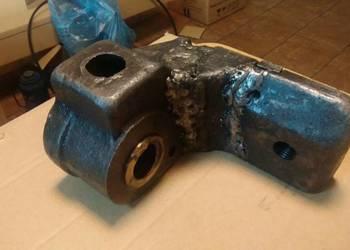 Obsada nakrętki śruby poprzecznej frezarki FWA41 **601273539