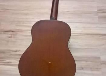 Gitara klasyczna..cena dp negocijaci..