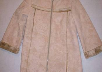 kożuszek dziewczęcy (płaszczyk) z kapturem