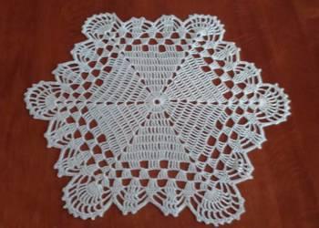 Serwetka szydełkowa śnieżynka 35 cm,serweta krem gwiazdka