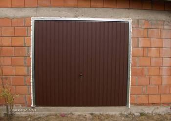 Brama Garażowa Skrzydłowa lub Uchylna