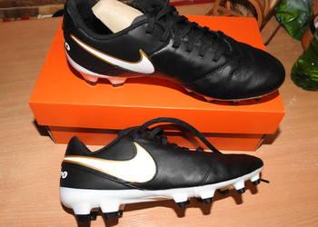Buty sportowe Nike Tiempo korki w rozmiarze 38,5