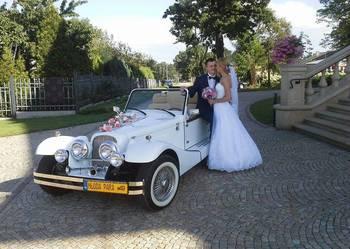 Samochód retro do ślubu wynajem Alfa Romeo cabrio Nestor