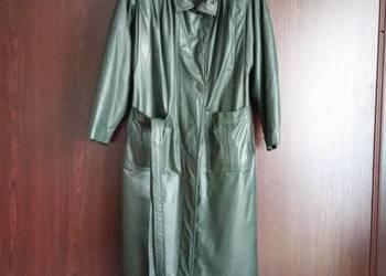 Damski płaszcz skórzany ciemnozielony