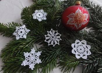 Bombki na choinkę ozdoby świąteczne serwetki szydełku śniegu
