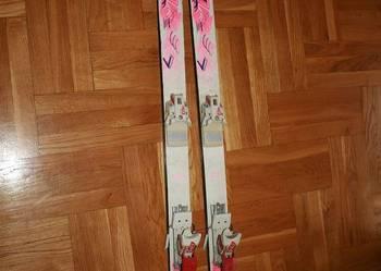 Narty Sunny i wiązania Tyrolia 403. Długość 140 cm