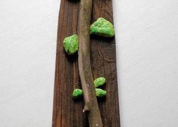 Kwiat okolicznościowy z drewna i kamienia - dedykacja-