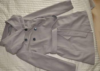 Płaszcz firmy ZARA, rozmiar 36.