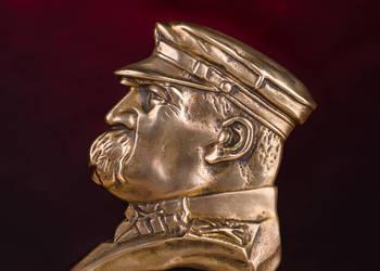 Józef Piłsudski- płaskorzeźba z mosiądzu