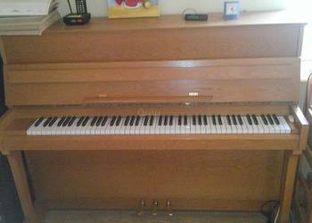 Pianino używane Calisia Menuet