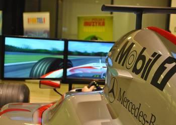Bolid F1 wynajem, show car na wynajem, wynajem symulatora F1